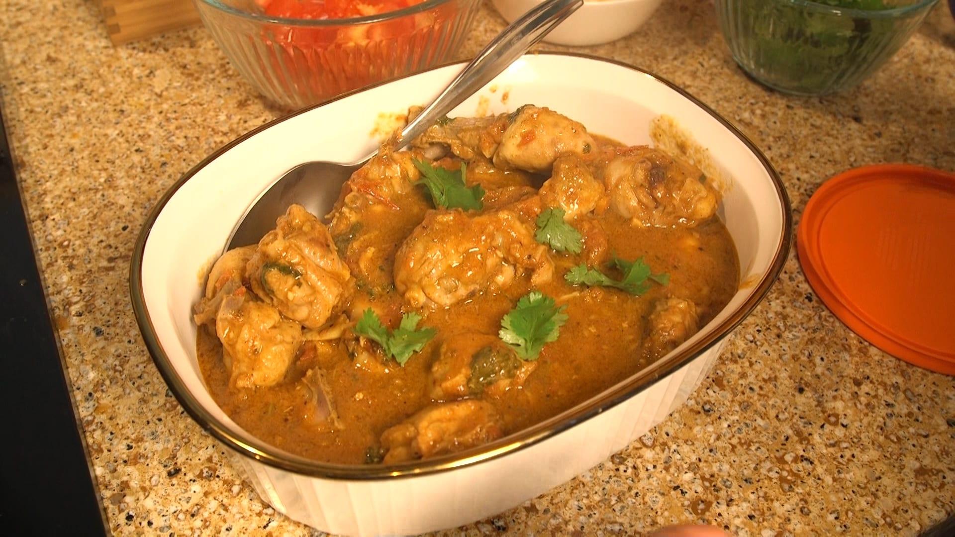 A dish of chicken karahi