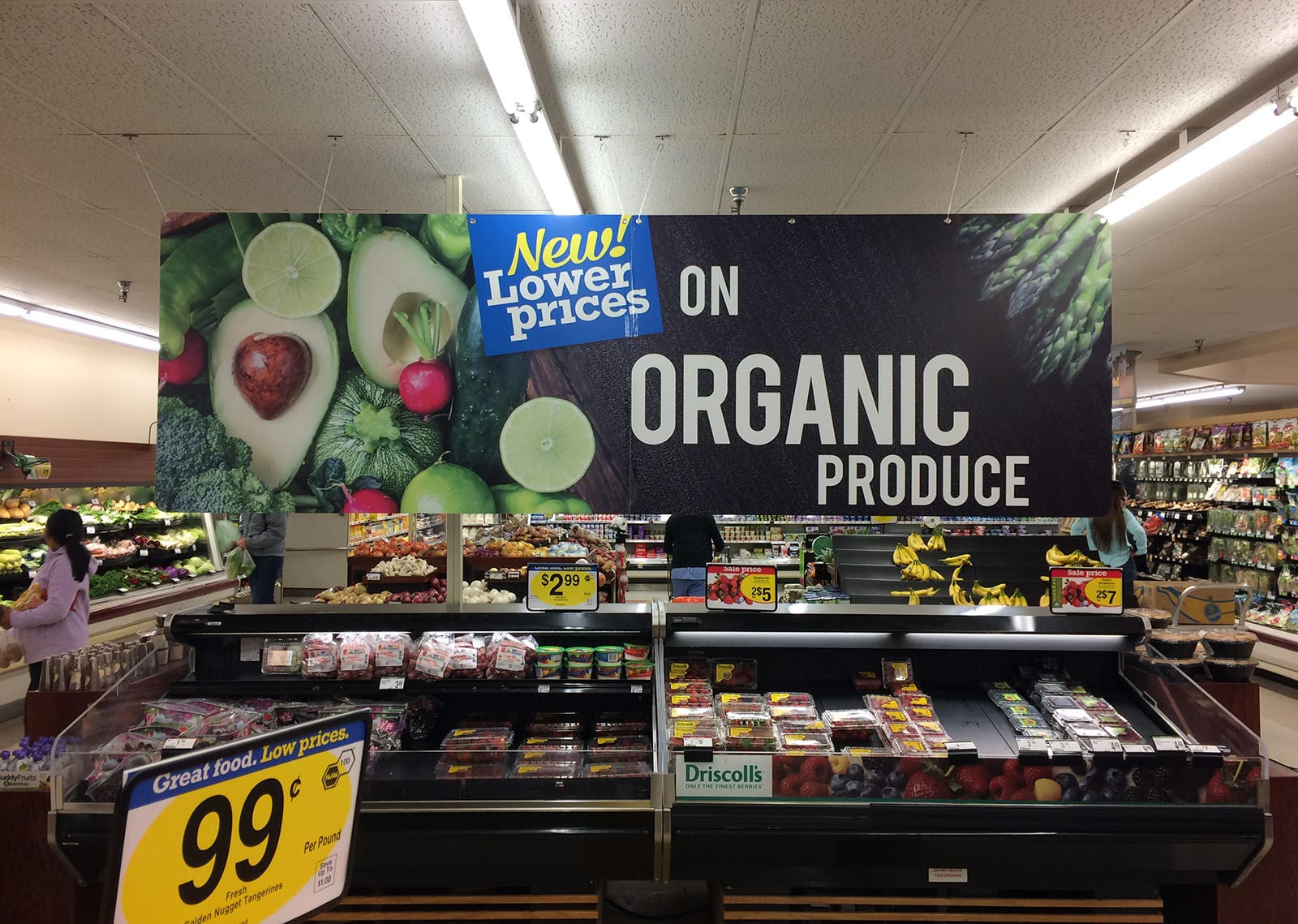 An image of a produce section in a grocery store.