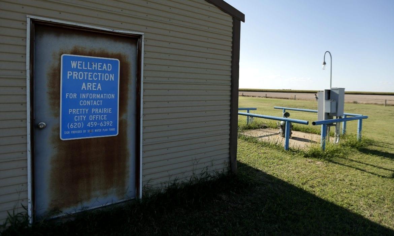 a well in pretty prairie