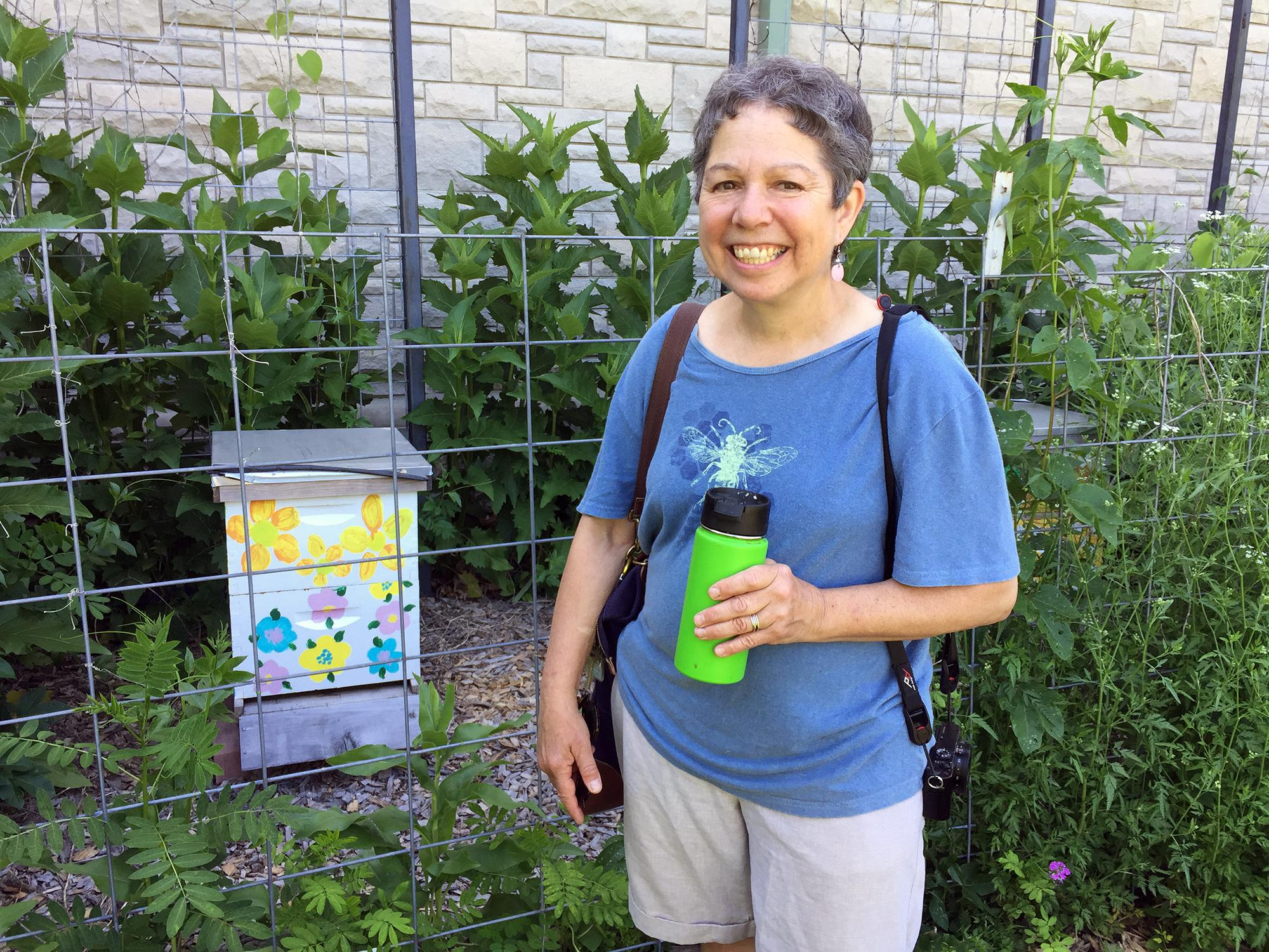 Candi Galen, a University of Missouri biology professor, is studying a way to help farmers identify pollination activity in their fields.